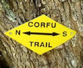 Markering Corfu-trail op wandeling over Corfu-trail op Grieks eiland Corfu