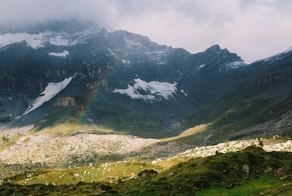 Berglandschap in Dents des Midi tijdens wandelreis in Zwitserland