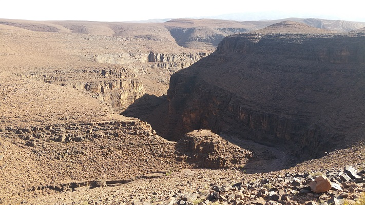 Berglandschap tijdens wandelreis in Marokko