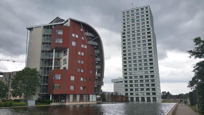 Gebouw RIVA tijdens wandeling Hedendaagse Architectuur in Den Bosch