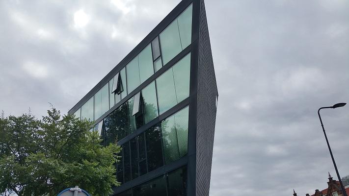 Hoek Oliemolensingel tijdens wandeling Hedendaagse Architectuur in Den Bosch
