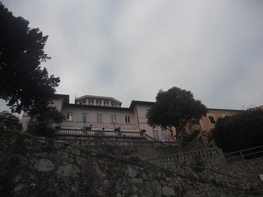 Dorpje Marciana op wandelreis naar Italiaans eiland Elba