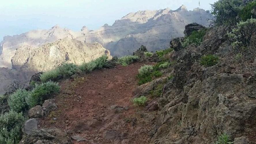 De barranco van Erque bij Garajonay tijdens wandeling op een wandelvakantie op La Gomera op de Canarische Eilanden