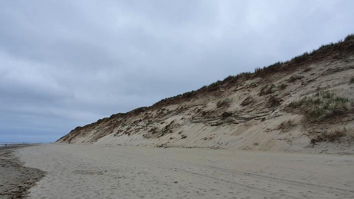 Wandeling op Texel van 't Horntje naar De Koog op het strand van de Noordzee